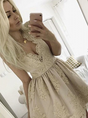 Lovely Lace Appliques 2020 Short Homecoming Dress On Sale_1