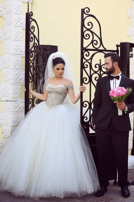 Elegant Off-shoulder Tulle Wedding Dress Ball Gown With Beadings_2