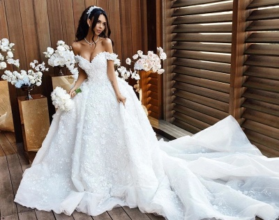 Elegant Off-the-Shoulder 2020 Wedding Dresses | Princess Lace Appliques Crystal Bridal Gowns_2