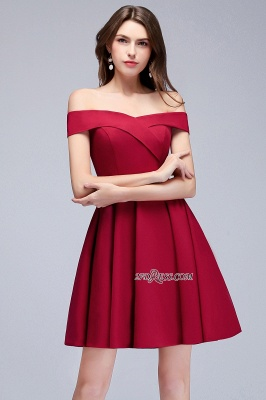Length Knee Sweetheart A-Line Off-the-Shoulder Homecoming Dresses_4