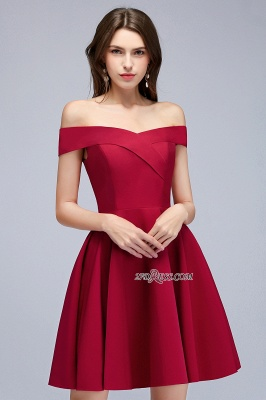 Length Knee Sweetheart A-Line Off-the-Shoulder Homecoming Dresses_5
