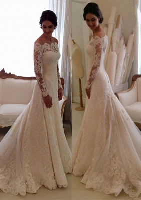 Glamorous Long Sleeve Lace Wedding Dress With Long Train And Lace Appliques_4