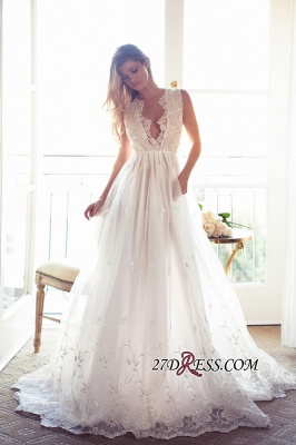 Gorgeous Princess Sleeveless Lace Appliques A-Line V-Neck Wedding Dress_4