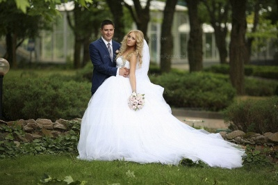 Crystal Tulle Ball Gown Wedding Dresses with 2020 Sweetheart Sleeveless Sequins Lace-up Court Train Bridal Gowns_6