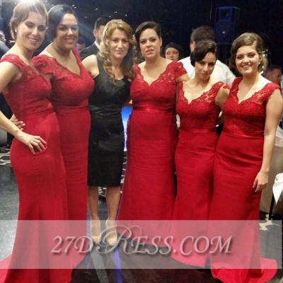 Red V-Neck Lace Bridesmaid Dresses Sweep Train Prom Gowns with Bottons_4