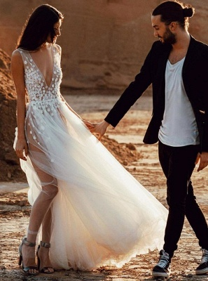 Sexy V-Neck Sleeveless Wedding Dress On Sale | Long Lace Appliques Tulle Wedding Reception Dress_1