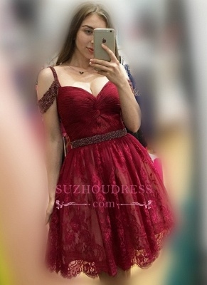 Lace Burgundy Off-the-Shoulder Sexy Bead A-line Homecoming Dresses_1