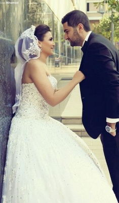 Delicate Sweetheart Lace Tulle Wedding Dress Ball Gown Beadings_1