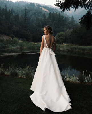 Elegant V-Neck Ruffles A-line Wedding Dress Backless Strap Bridal Gowns_2