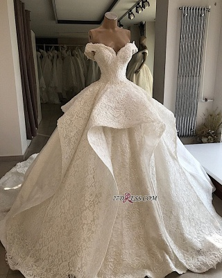 Beautiful Off-the-shoulder Lace Ball-Gown Wedding Dresses_2
