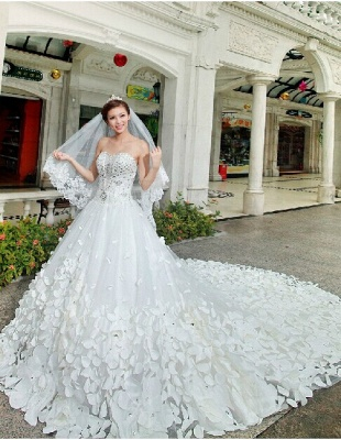Glamorous Appliques Cystals Princess Wedding Dress 2020 Sweetheart With Long Train_4