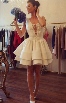 Sexy Deep V-neck Short Cocktail Dress With Ruffles Appliques_1