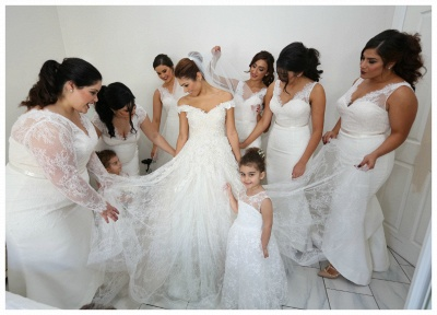 Gorgeous Off-the-Shoulder Ball Gown Wedding Dress 2020 Tulle Lace Appliques_5