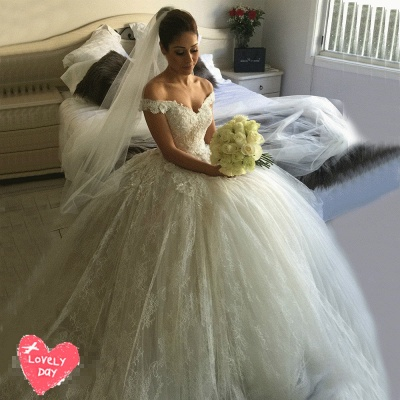 Gorgeous Off-the-Shoulder Ball Gown Wedding Dress 2020 Tulle Lace Appliques_4