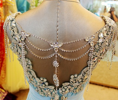 A-Line Backless Blue Evening Dresses V-Neck Crystal Beading Blingbling Prom Gowns_4