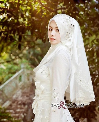 2020 Beads White Arabic Bow Delicate A-line Wedding Dress_1