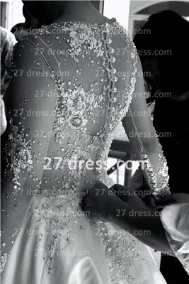 Elegant Lace Back Appliques A-Line Wedding Dresses Pearls Beaded Button Bridal Gown With Long Sleeves & Court Train_3