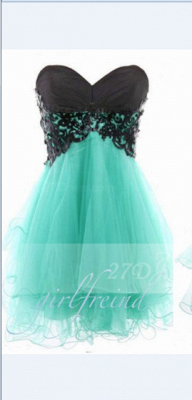 Appliques Sexy Short Cocktail Dresses Green 2020 Homecoming Sweetheart Sleeveless Organza Tiered Lace-up Gowns_1