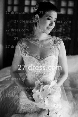 Bateau Wedding Dresses Bridal Gowns with 2020 Custom Made Backless Cap Sleeves Beaded Appliques Court Train A-line_1