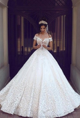 Chic Off-the-shoulder Short Sleeve 2020 Wedding Dress Lace On Sale_3