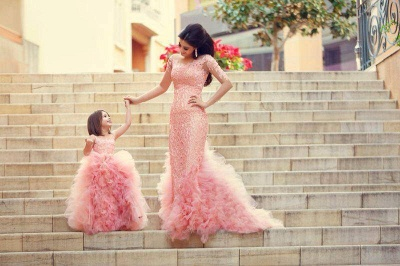Long Sleeve Pink Lace Mermaid Wedding Dress With Ruffles Mother and Daughter Dress_3