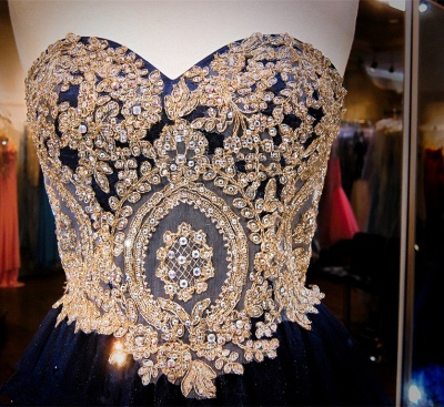 Luxurious Sleeveless Sweetheart Short Homecoming Dress Crystals Appliques_4