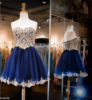 Luxurious Sleeveless Sweetheart Short Homecoming Dress Crystals Appliques_2