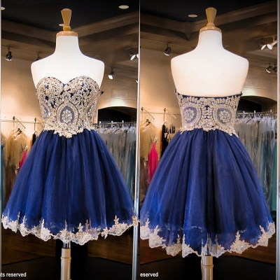Luxurious Sleeveless Sweetheart Short Homecoming Dress Crystals Appliques_3