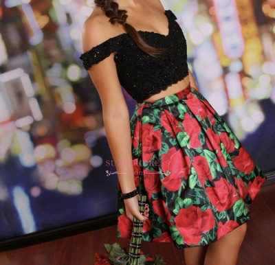 Floral Lace-Beaded Black Two-Piece Off-the-Shoulder Homecoming Dresses_1